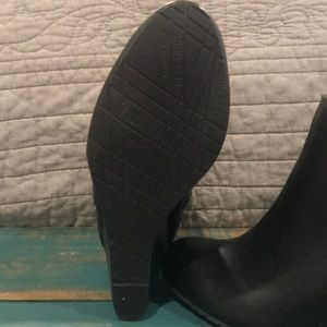 Kenneth Cole Reaction Shoes - Brand new black booties with side zipper